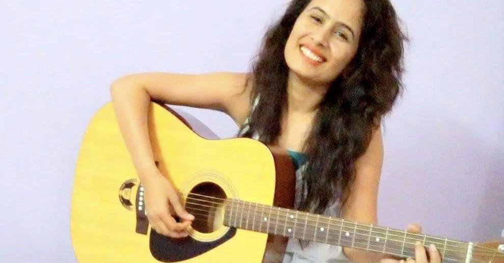 """Guitaa Artists Centerstage - """"Aayena Singh"""""""